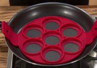 En liten test av formen for å lage pannekaker i som du ser ovenfor